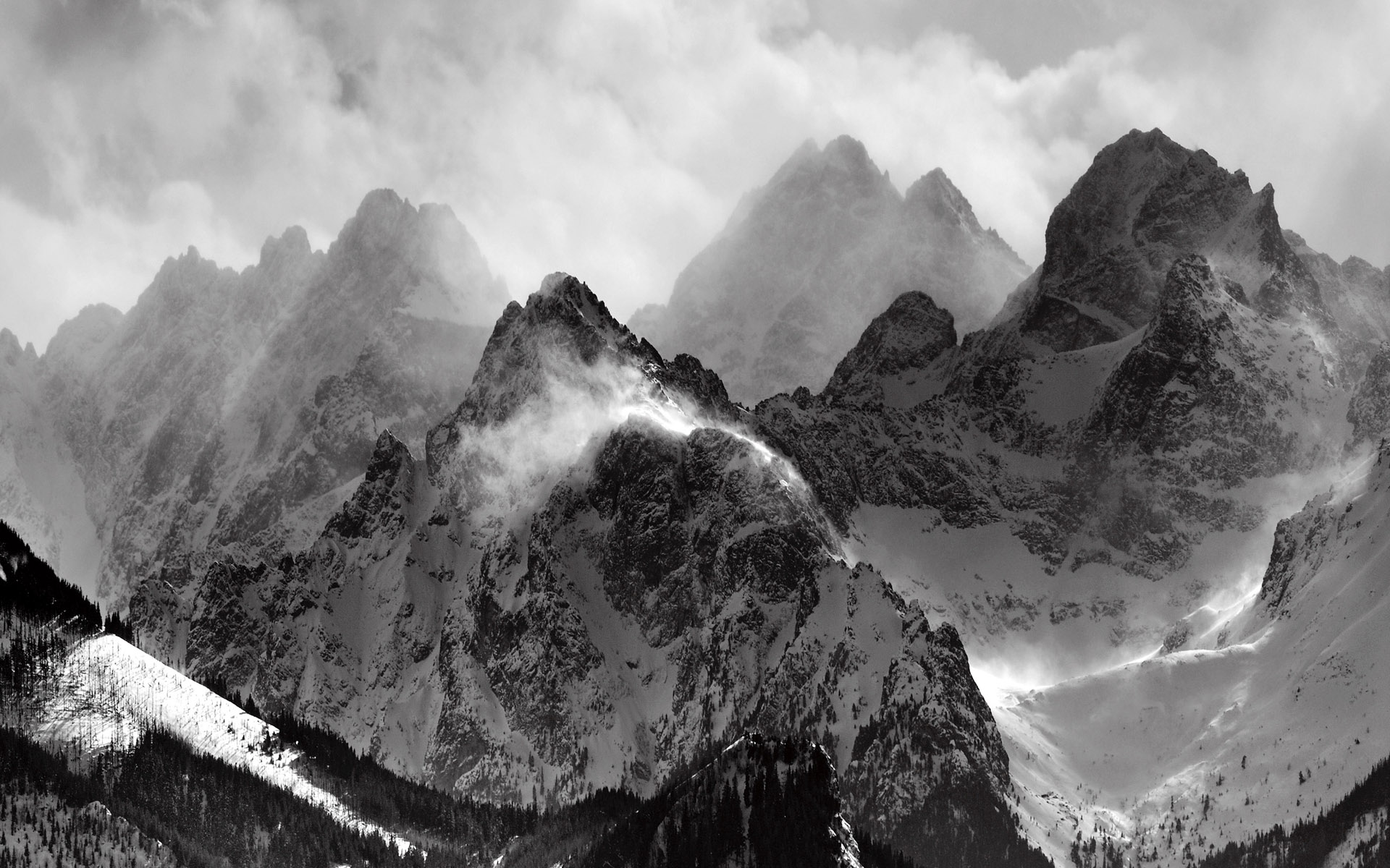 Nature_Mountains_Mountain_peaks_017662_